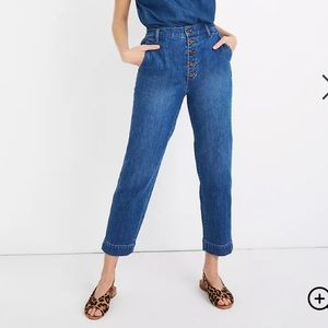 MADEWELL BUTTON FRONT TAPERED JEANS IN MEDIUM WASH